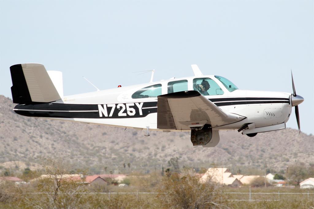 Beechcraft BE35.jpg