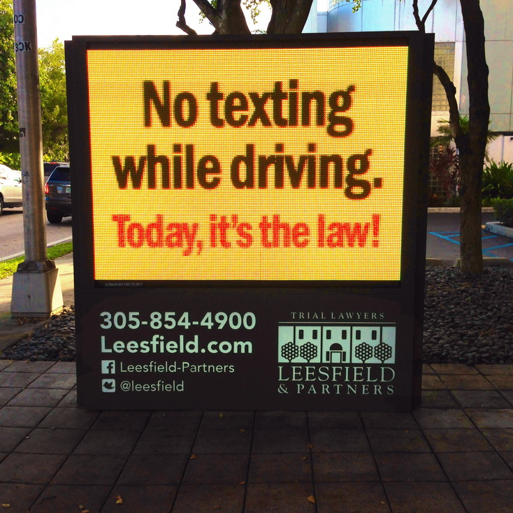 ban texting while driving A ban on texting while driving is being touted as a necessary response to the increasing number of deaths on texas roadways this is a cure that would be worse than the disease texting while driving has increased as cellphones have become fundamental to our everyday lives.
