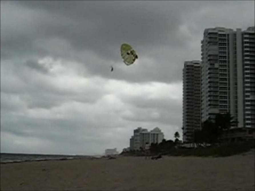parasailing accident.jpg